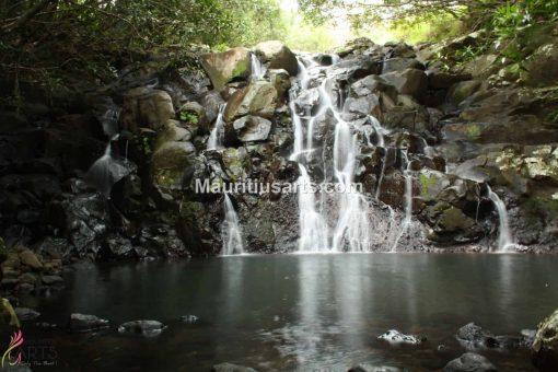 Mauritius Arts & Artists - Shivagaami-Lutchmanen-Kaskad